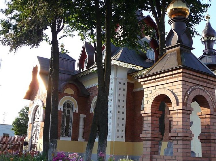 Александров. Церковь Серафима Саровского
