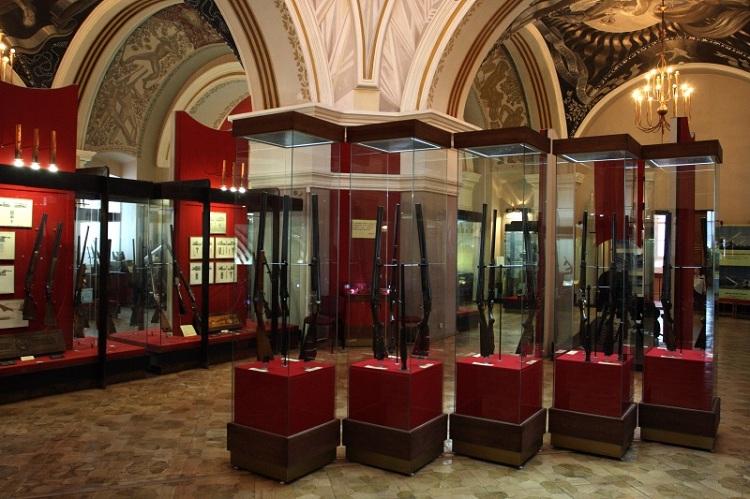В Тульском государственном музее оружия