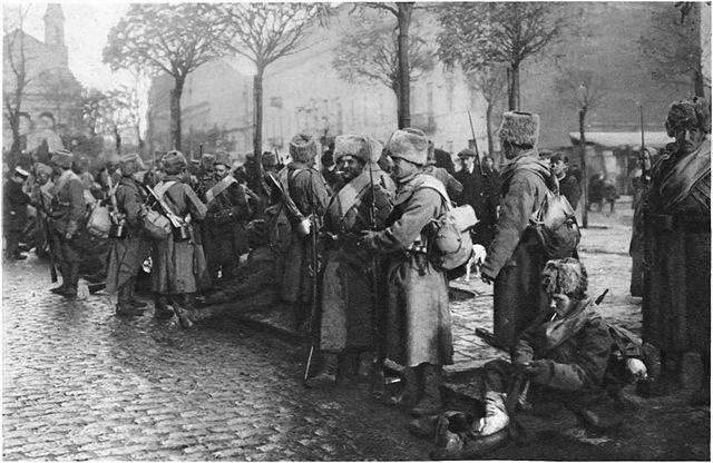 Русские войска в Варшаве